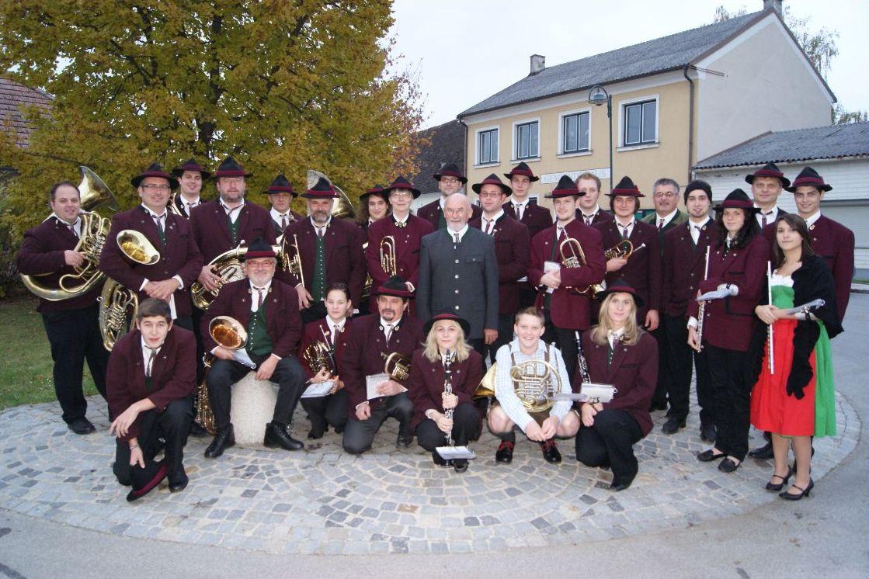Die Ortsmusik 2011 (anlässlich des 70. Geburtstages v. Gerhard Leisser